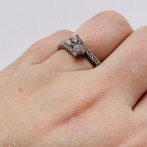 EUC 14K Ever Us Two-Stone Ring 1 ct tw Diamonds
